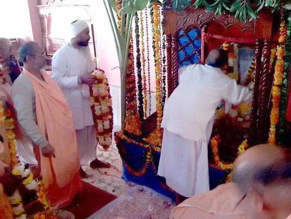 devoteesoffering1