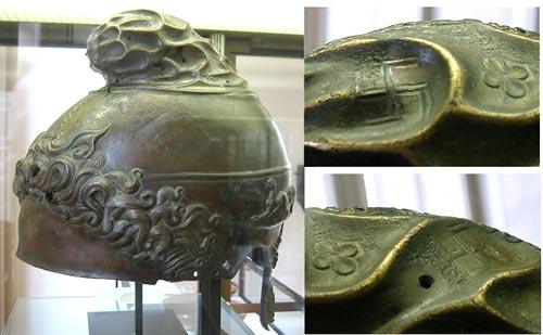 greek-helmet-350bce