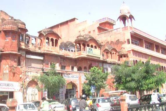 radha.damodar.temple.big