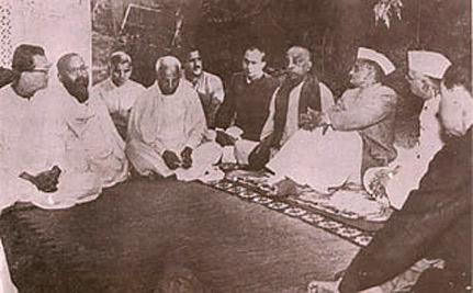 prabhupada-in-room2