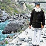 Former IIT professor halts Ganga hydro project