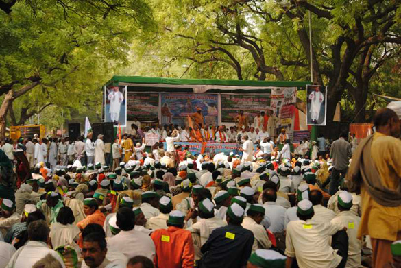 Yamuna-Yatra-at-Jantar-Mantar-Delhi-on-15-April-2011-2