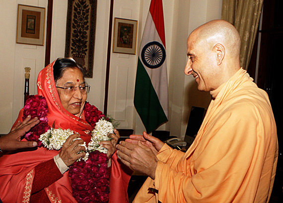 radhanath_swami_and_president_pratibha_patil