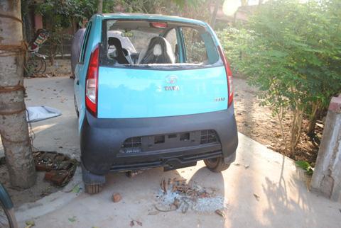 Broken-Car