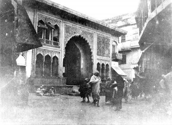 mathura.gate