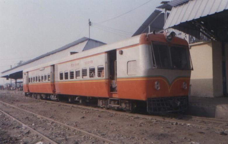 mtj_mg_railbus2-780x495