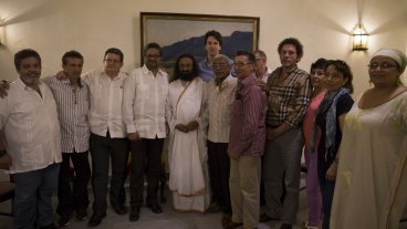 Sri Sri Ravi Shankar was involved in brokering peace negotiations between Farc rebels and Colombian government