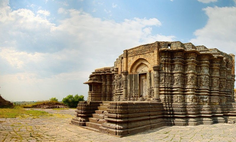 Daitya-Sudan-temple-800x483