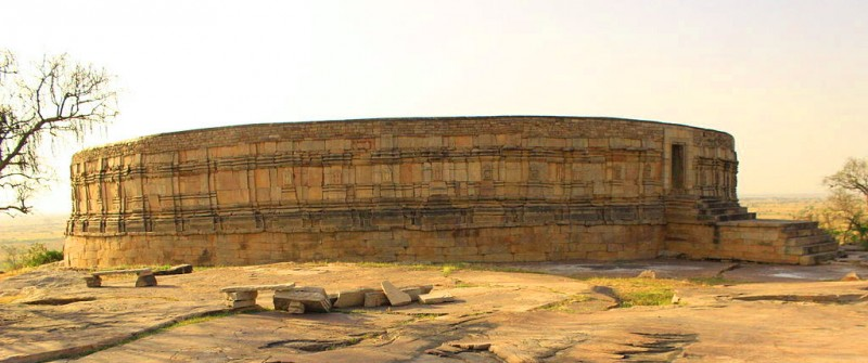 Chausath_Yogini_Temple1-800x335