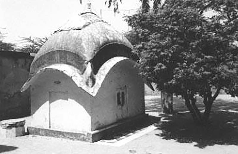 Rupa-Goswamis-bhajan-kutir-early-1970s