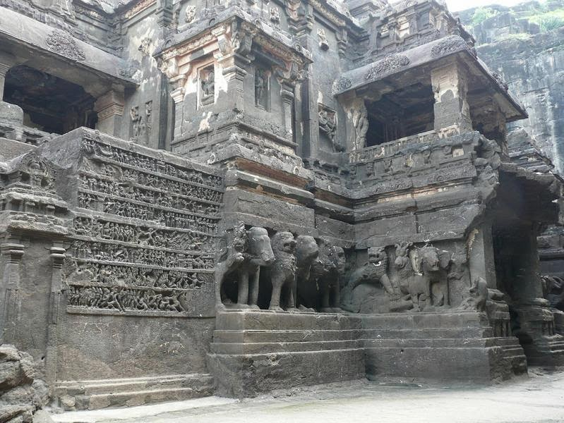 ellora-caves-india-mountain-temples-21