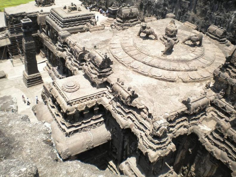 ellora-caves-india-mountain-temples-5