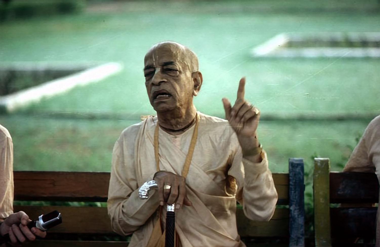 srila-prabhupada-makes-a-point