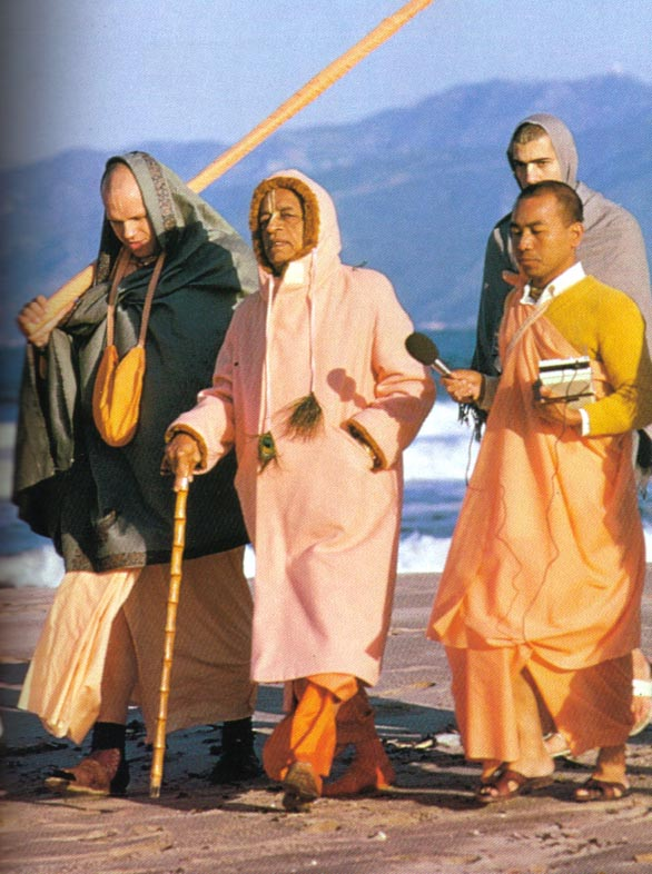 prabhupada-walk