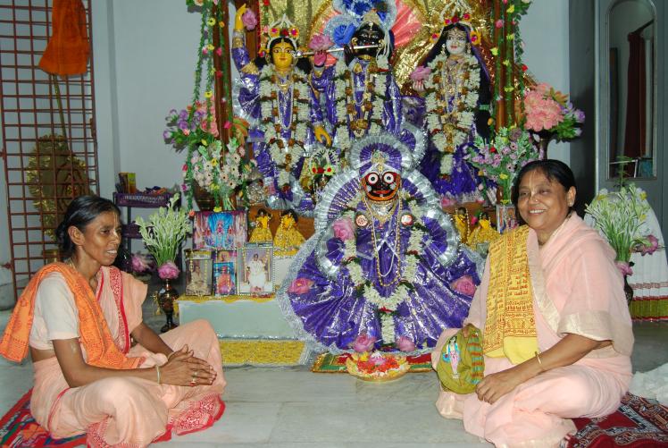 Women devotees