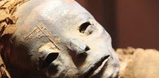 Peruvian Mummy with Brahmin thread
